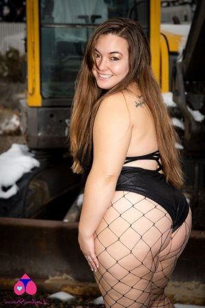 Grasiella adult dating in Gainesville TX, prostitutes