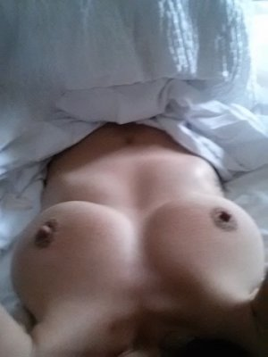 Nisha free sex in La Crescenta-Montrose