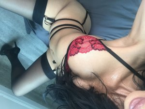 Lizandra independent escorts in Enid
